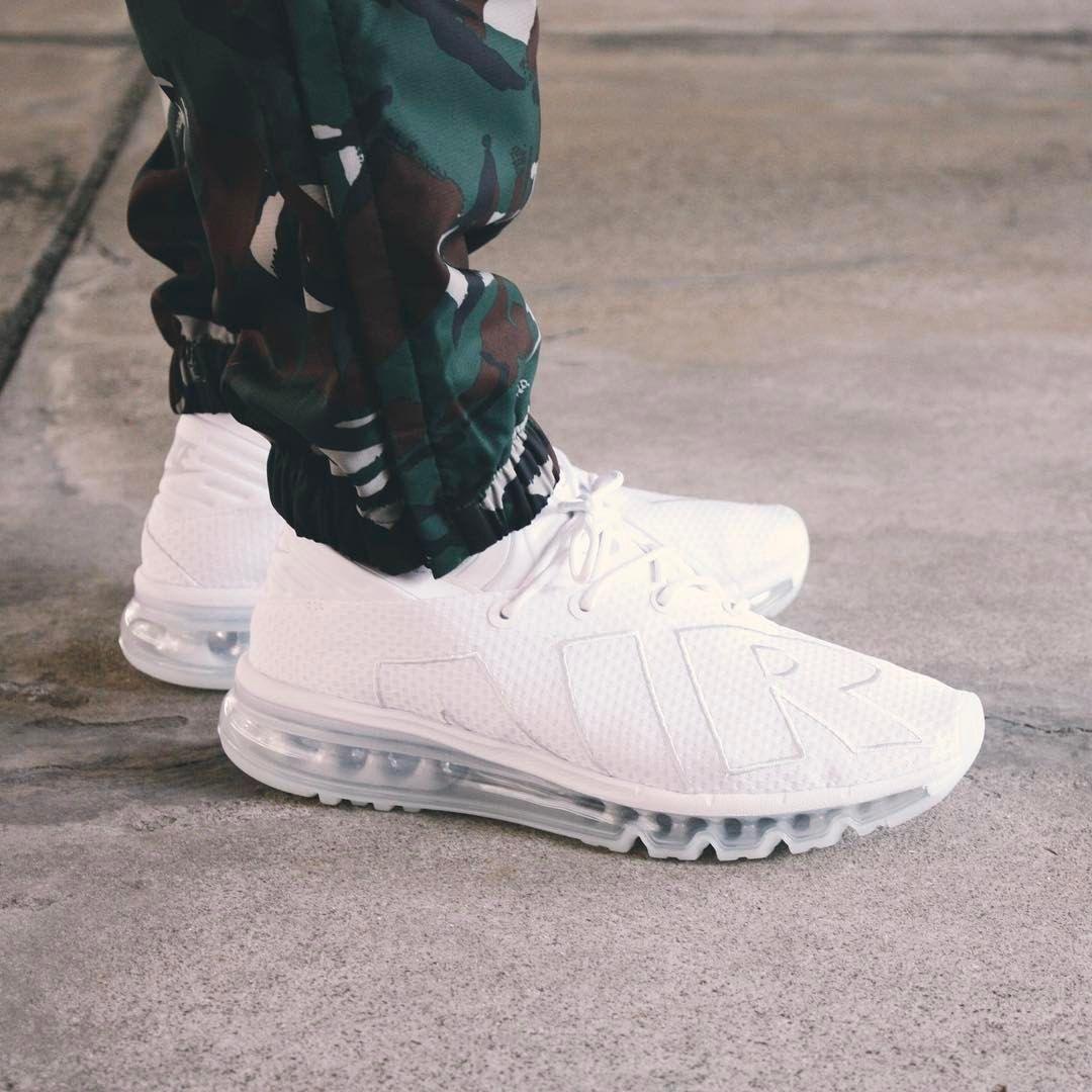0d53e6f9d087 Nike Air Max Flair  White