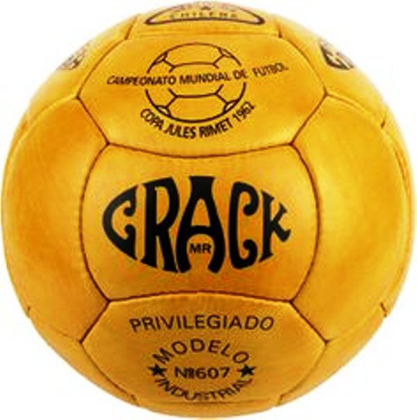 78acc3a8c1e4b 1962 Chile - Balón Crack No607