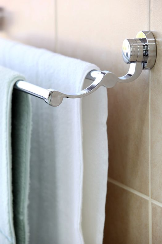 Multiple Towel Rails Are Ideal For A Family Bathroom Where Dry Towels Are In High Demand Badkamer