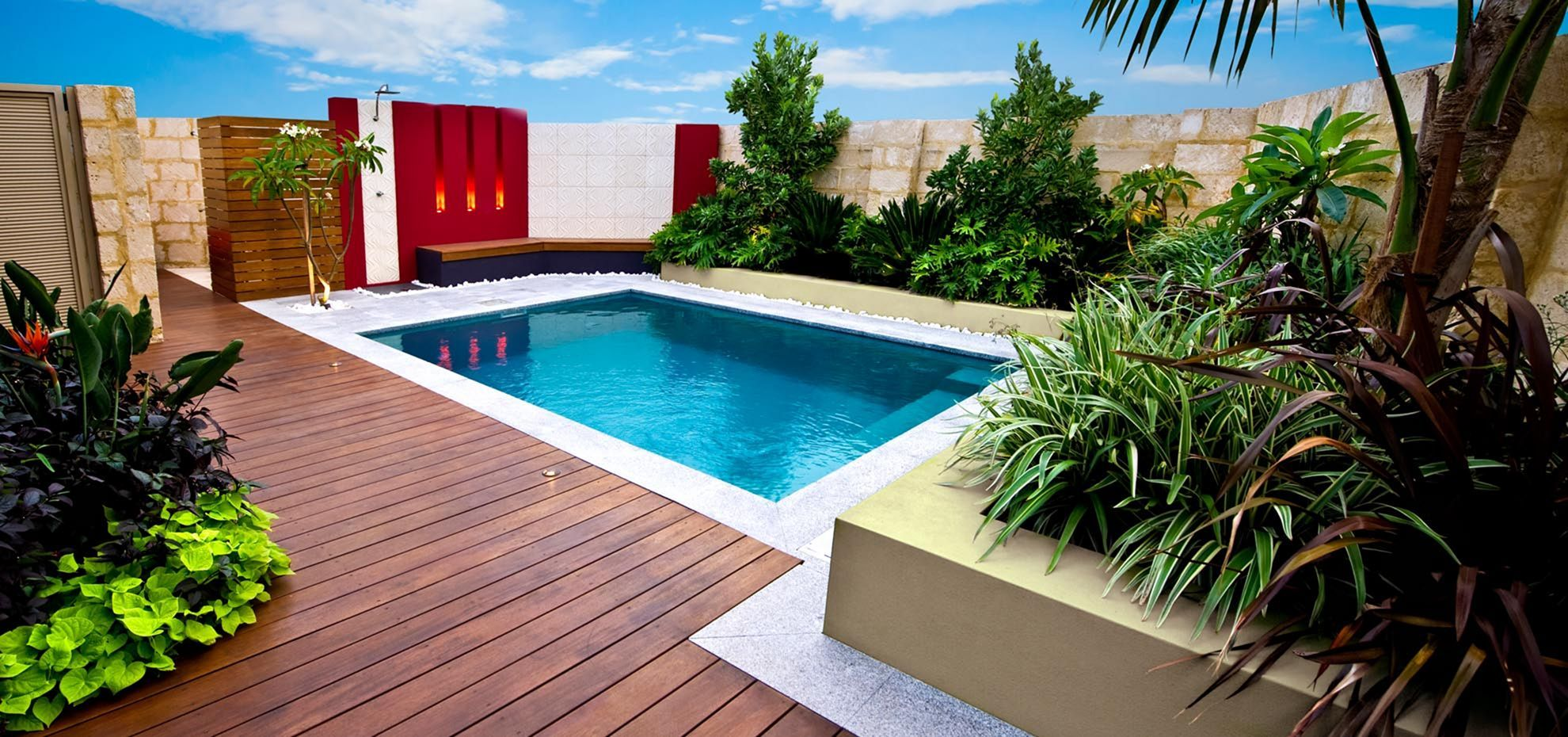 Nice 35 Gorgeous Small Swimming Pool Design For Amazing Backyard Https Usdecorating Com 3607 35 Gorgeou Backyard Pool Small Pool Design Swimming Pool Designs