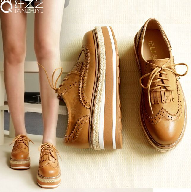 6fb9a70b9f2 Women Brogue Wingtip Lace Up Creepers Platform Shoes England Oxfords Shoes  Retro