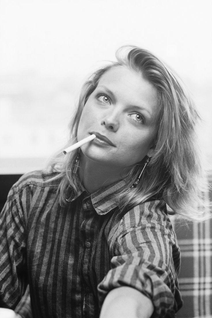 Niki Taylor Smoking Cigarettes Wwwtopsimagescom