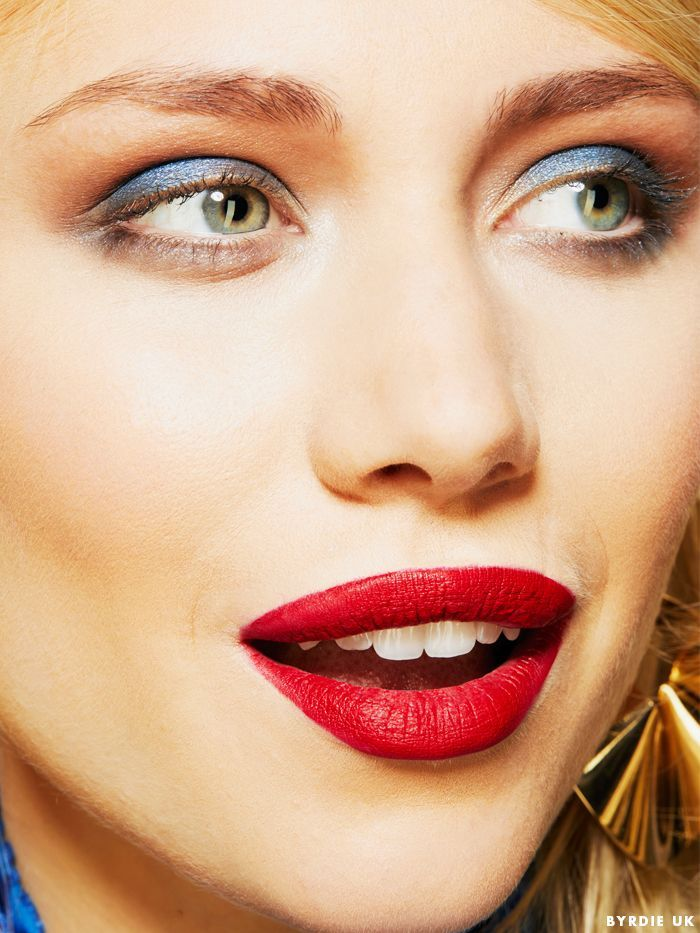 You Can Wear A Red Lip With An Eye Lookand We Can Prove It In 2019