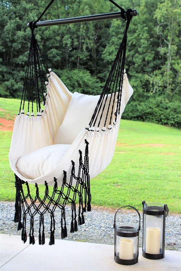Boho Elegant Black And White Hanging Chair So Cozy And Relaxing