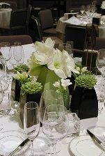 http://www.bryllupsklar.dk/forum/57336/blomsterdekorationer.html/
