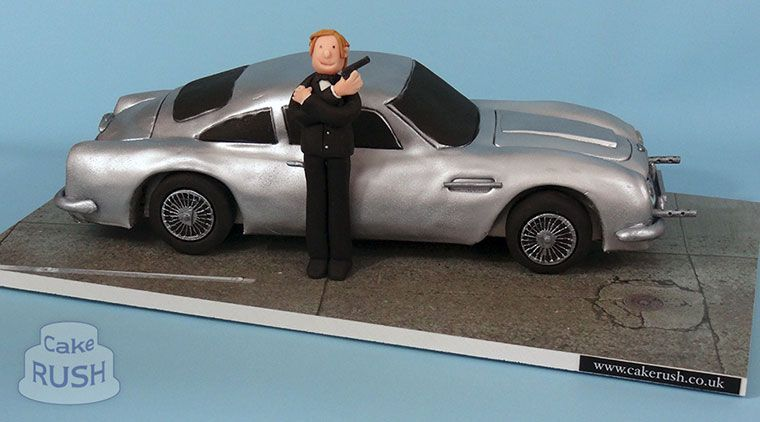 Aston Martin Db5 Cake Aston Martin Db5 James Bond Cake Pinterest