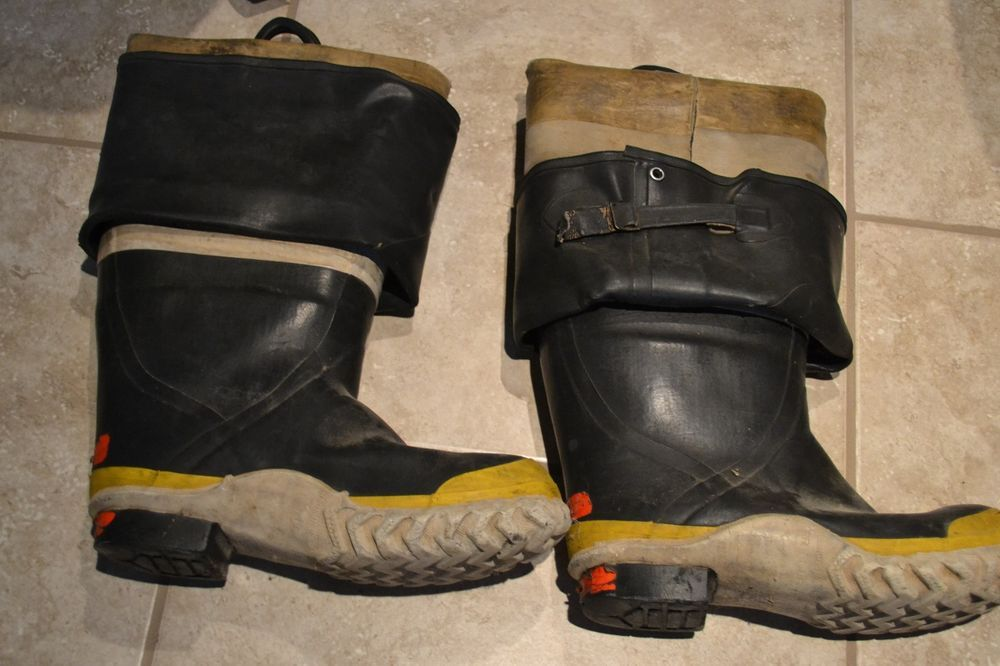 a849101757f Servus Protekshin USED 3/4 Fire Boots Vintage. Used in Real FIRES ...