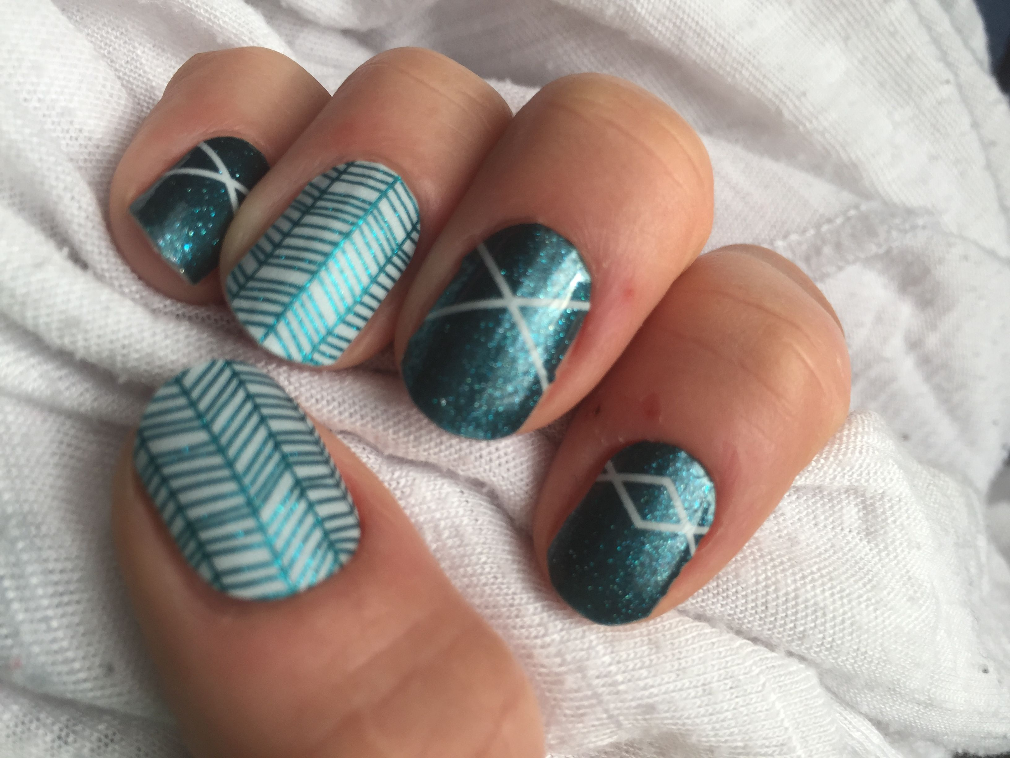 Jamberry teal zeal and bold borders | Halloween nails ...