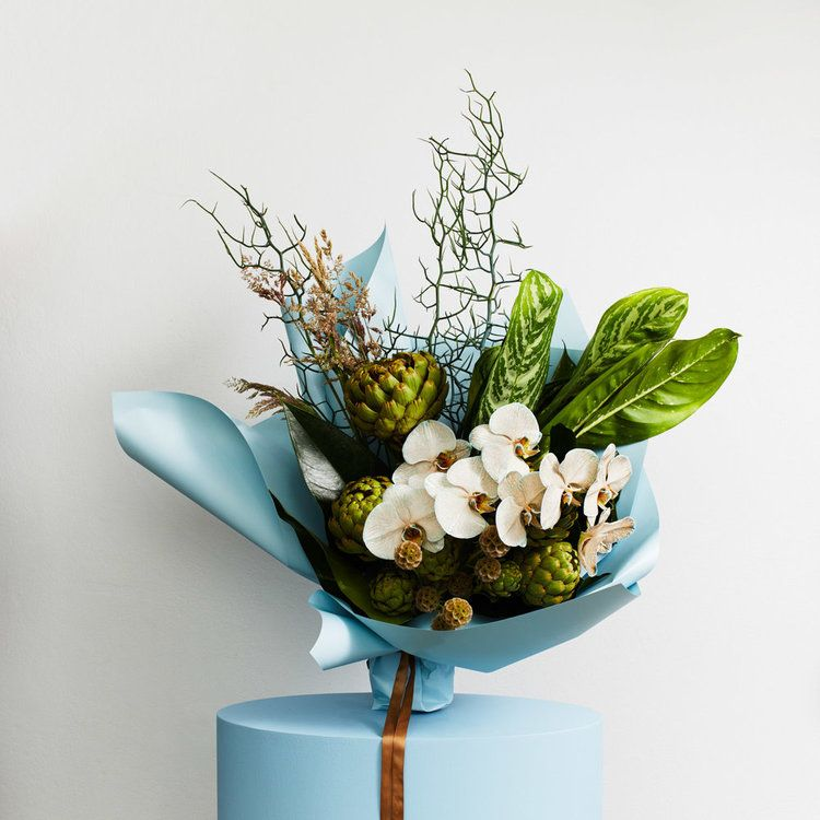 Sculptural Beautiful Bouquet Of Flowers Best Flower Delivery Flower Delivery Uk