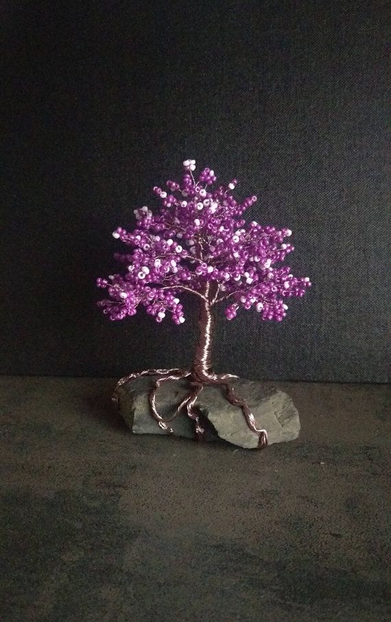Fantastic small beads tree in violet and rosé Baum bead gift ...