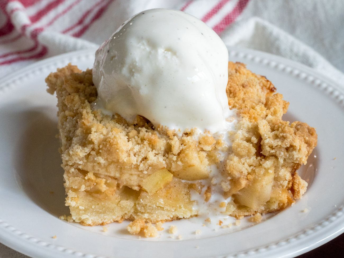 German Apple Streusel Sheet Cake Food In 2018 Pinterest Cake