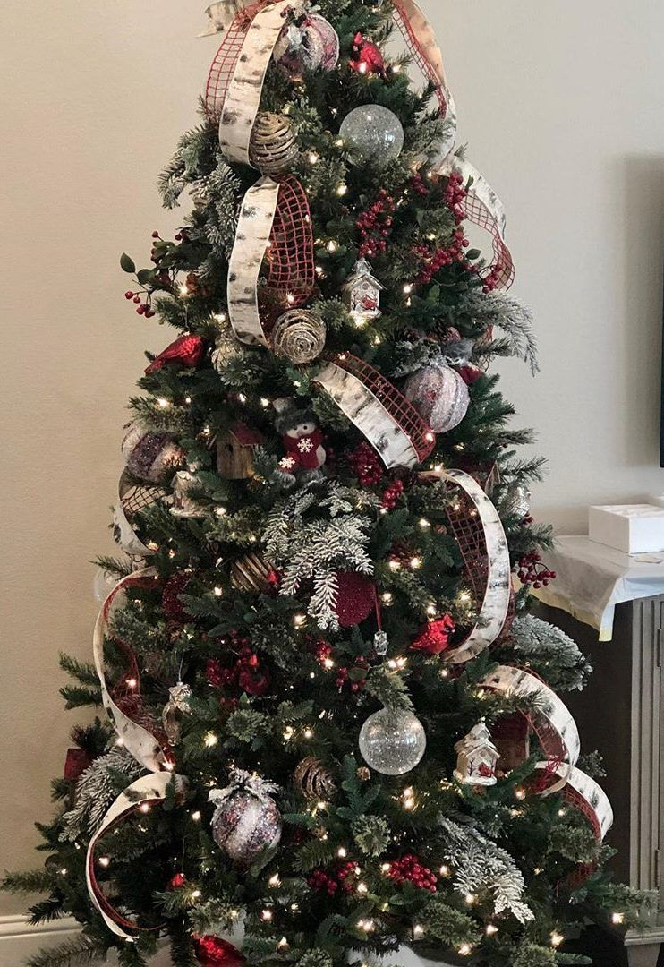 47 This Christmas Best Christmas Tree Decoration Ideas Page 35 Of 47 Ladiesways Com Women Hairstyles Blog Christmas Tree Decorations Best Christmas Tree Decorations Christmas Decorations