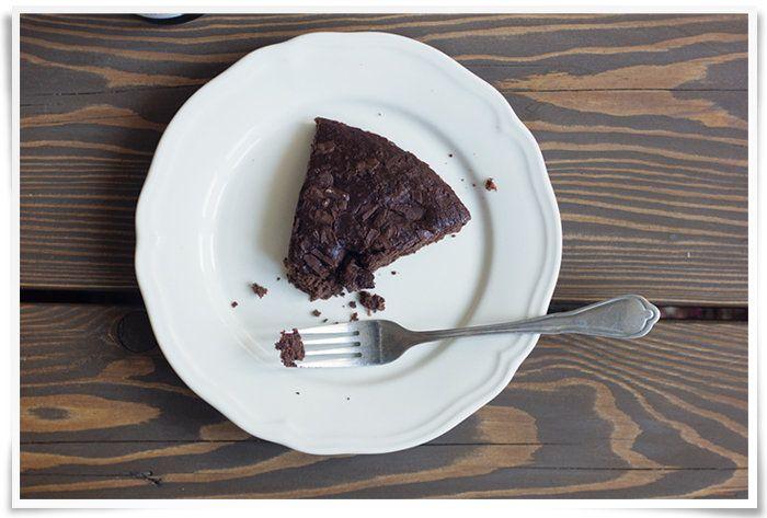 Healthy chocolate cake - Kaikki mitä rakastin | Lily
