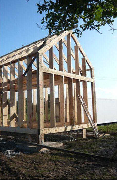 Construction Photos Of Dominic Stevens House Building A Wooden House Small Wooden House Wooden House