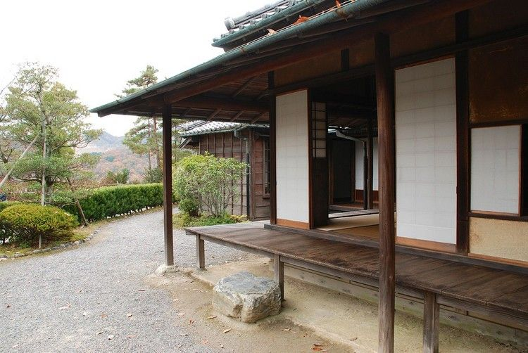 Japanische Häuser japanische häuser architektur veranda überdachung holz japanese