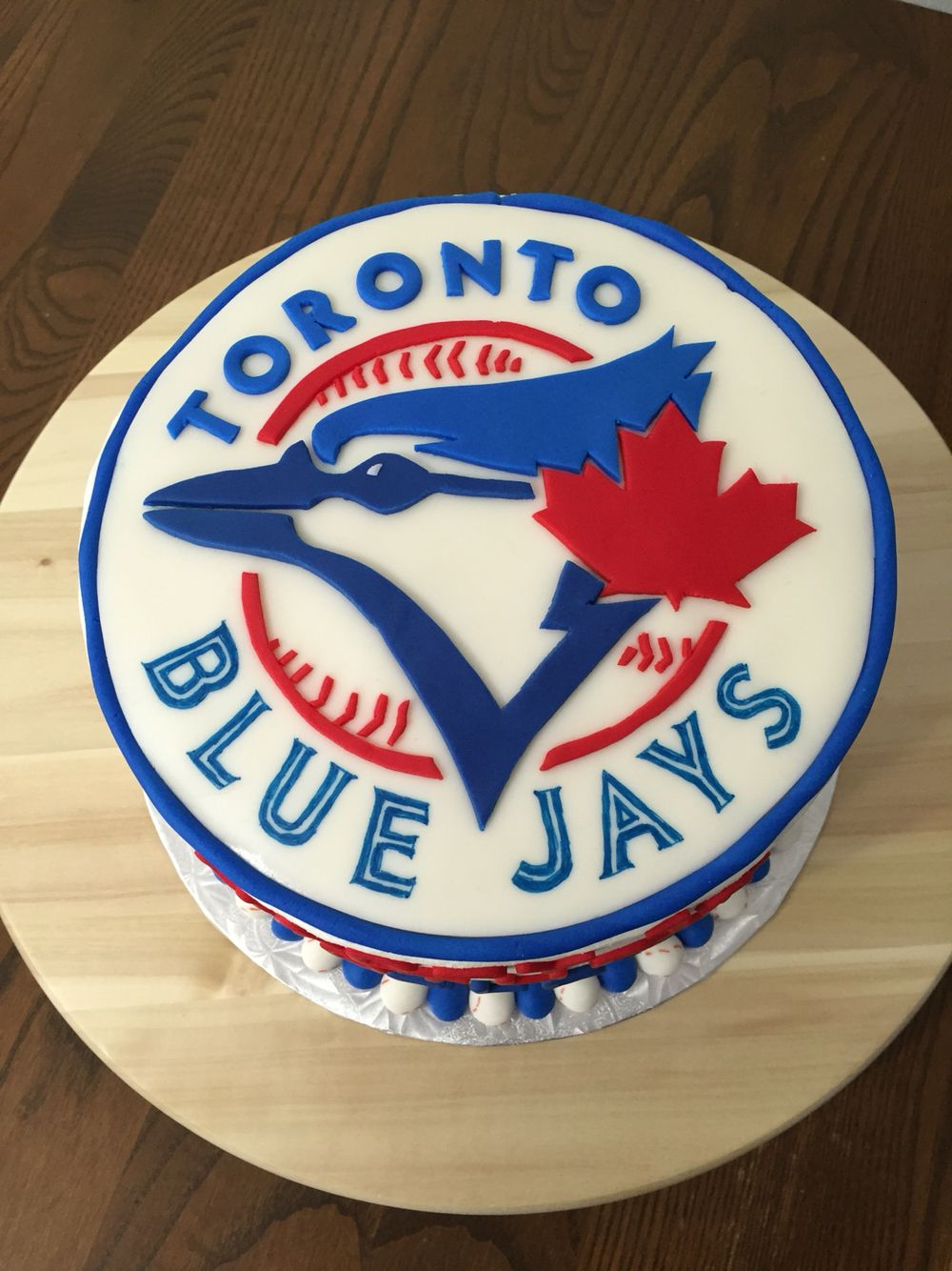 Toronto blue jays logo cake vanilla cake with Venetian cream