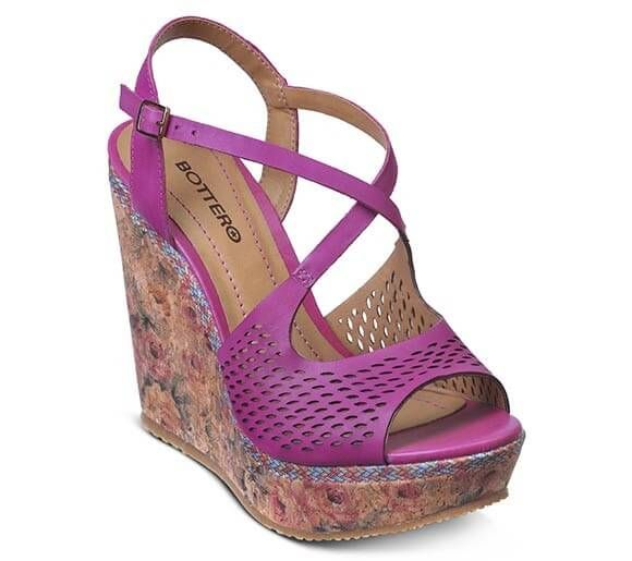 84c991ff10 Sandália anabela pink estilo peep-toe