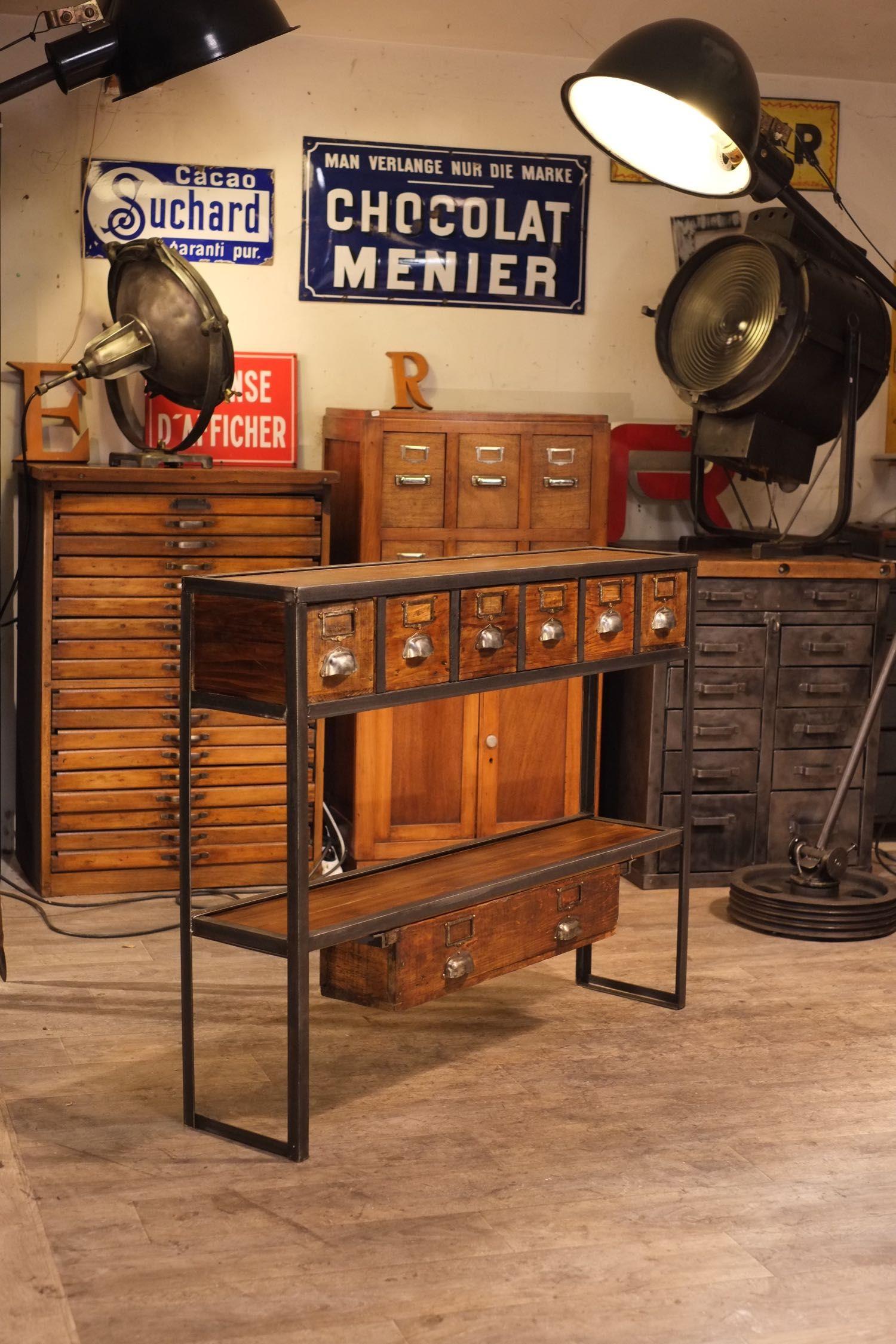 console industrielle realis avec des vieux tiroirs drawers cubbies crates pinterest. Black Bedroom Furniture Sets. Home Design Ideas