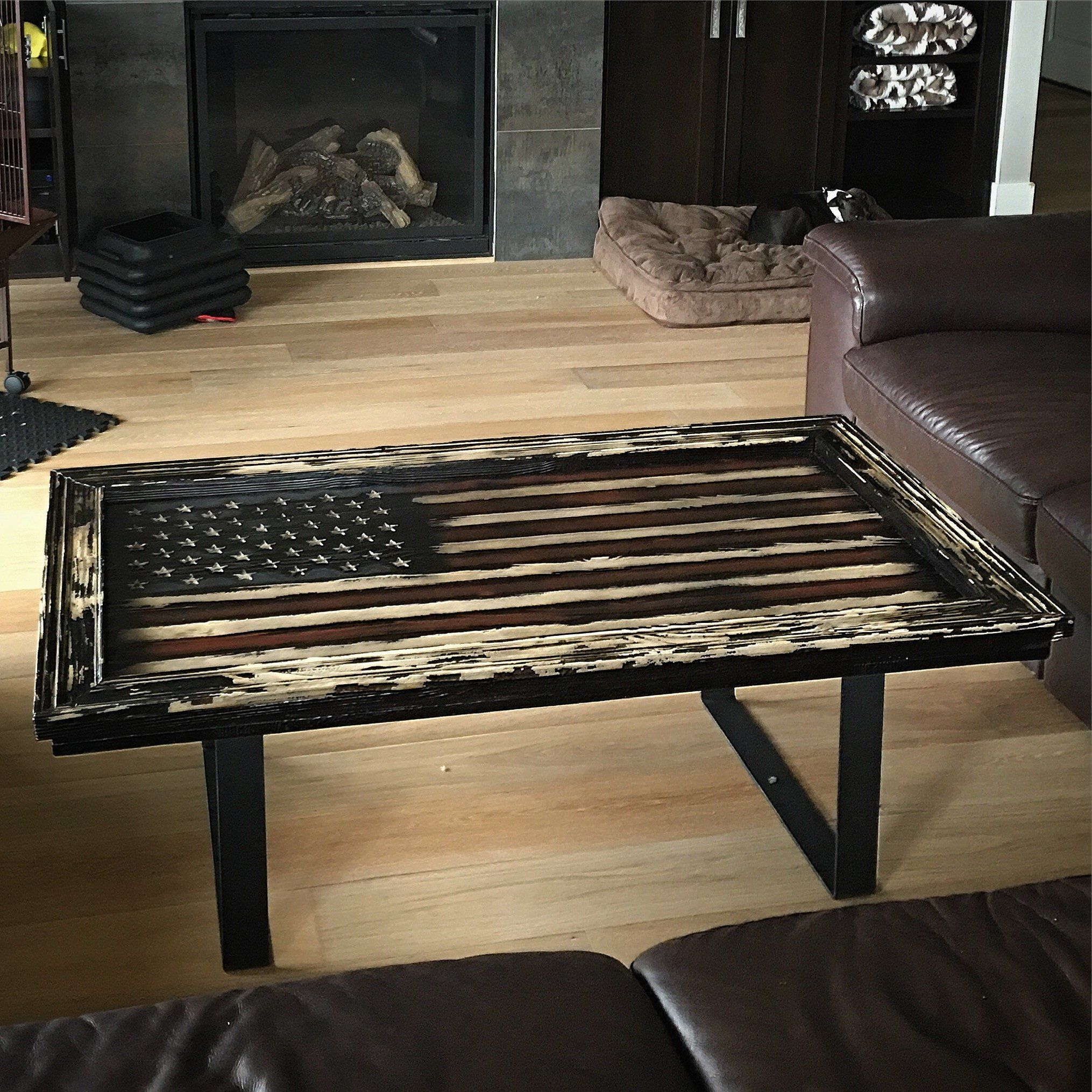 Distressed American Flag Coffee Table: Betsy's Colonial Freedom American Flag Coffee Table