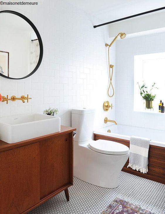 Installation d 39 une baignoire pourquoi faire appel un - Baignoire bouchee que faire ...