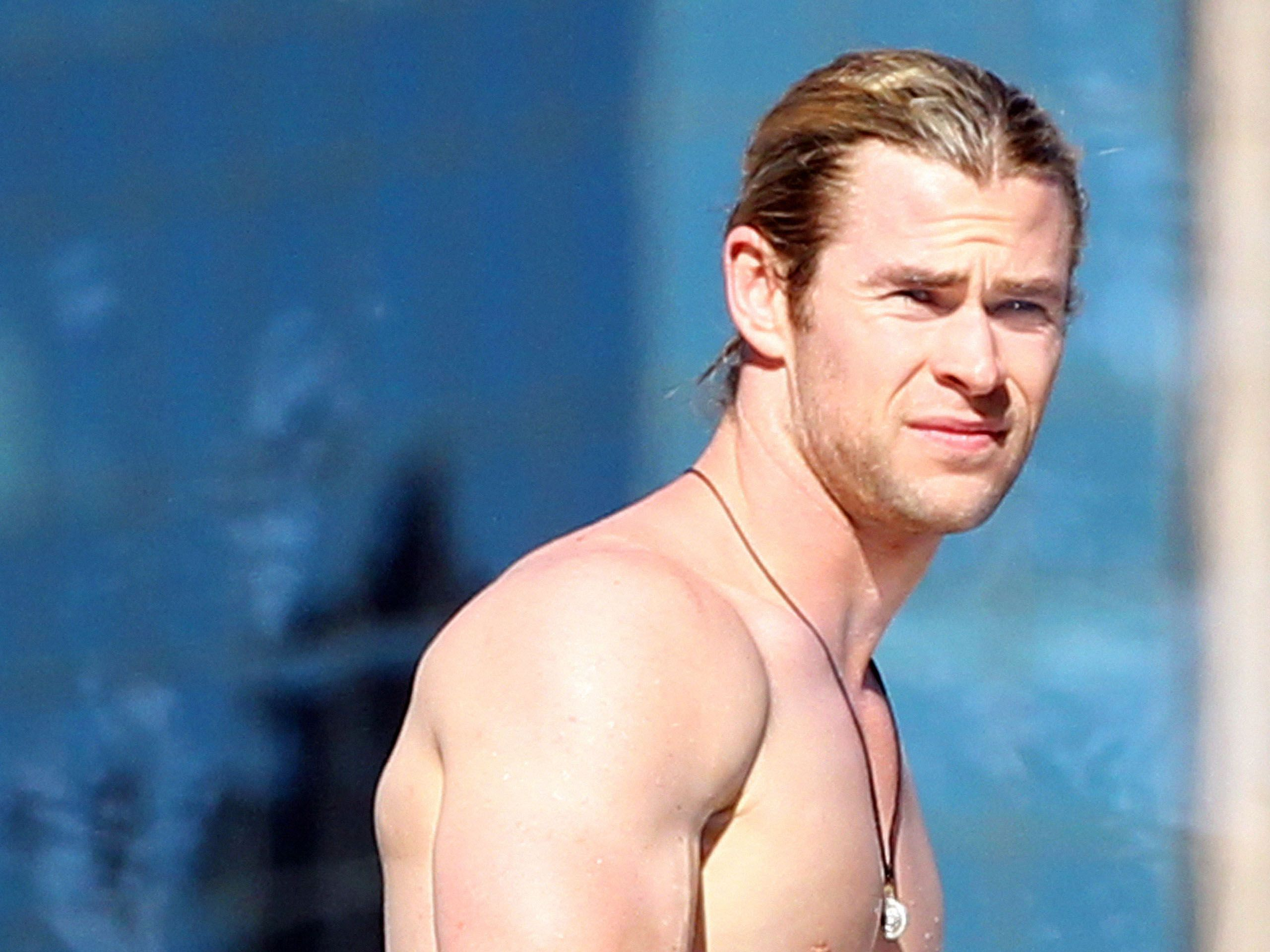 chris hemsworth heightchris hemsworth height, chris hemsworth wife, chris hemsworth vk, chris hemsworth 2017, chris hemsworth gif, chris hemsworth thor, chris hemsworth films, chris hemsworth tumblr, chris hemsworth movies, chris hemsworth filmleri, chris hemsworth long hair, chris hemsworth workout, chris hemsworth 2016, chris hemsworth фильмы, chris hemsworth kinopoisk, chris hemsworth training, chris hemsworth wiki, chris hemsworth star trek, chris hemsworth family, chris hemsworth snl