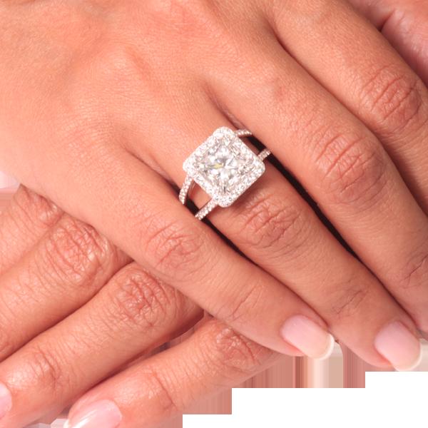 top design nouvelle saison dernières tendances Bague de fiançaille solitaire diamant princesse de 4 carats ...