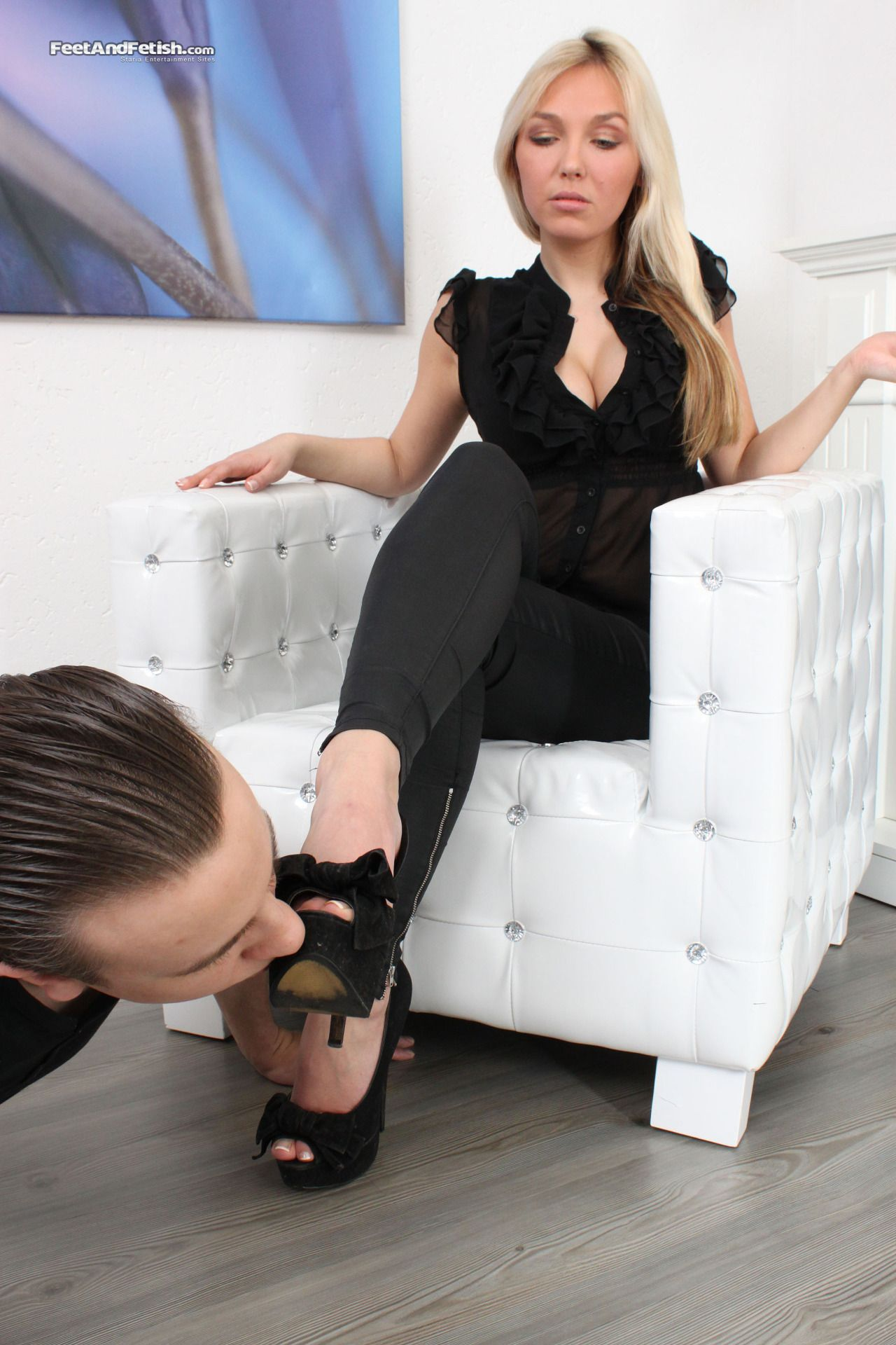 cfnm povidky foot fetish
