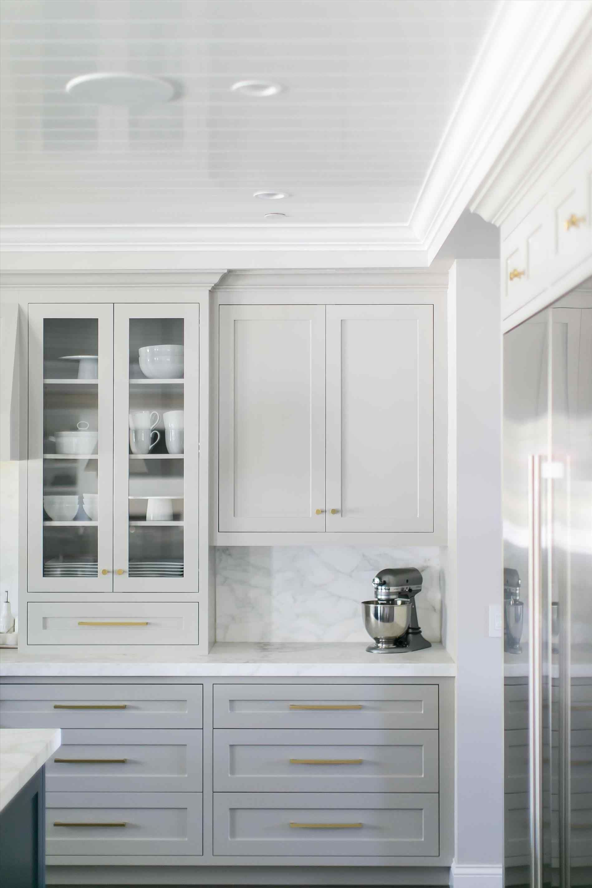 Cabinets with gold hardware light grey cabinets marbled countertops u backsplash rhpinterestcom ways to achieve the perfect black and white kitchen marble