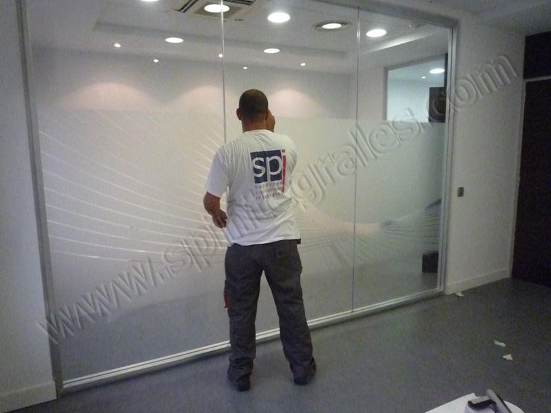 Decoración de Oficinas | SP Integrales Instalación de vinilos ácidos