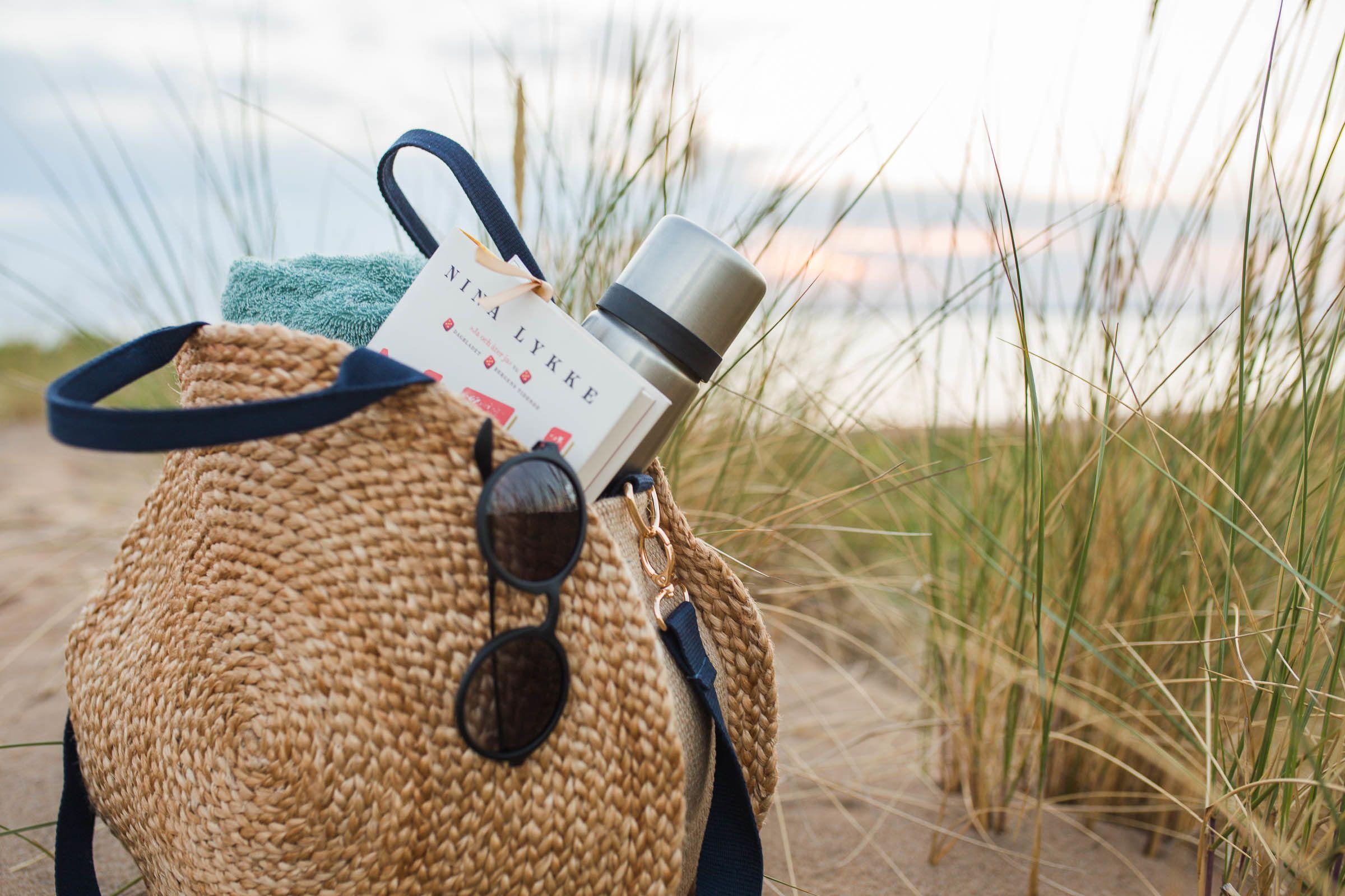 DIY Rund stråväska | Stråväska, Virkade väskor, Väskor