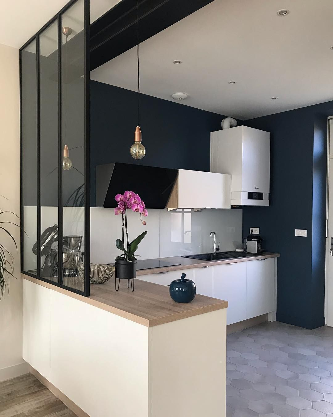 t voici notre cuisine termin e avant apr s tr s heureux. Black Bedroom Furniture Sets. Home Design Ideas