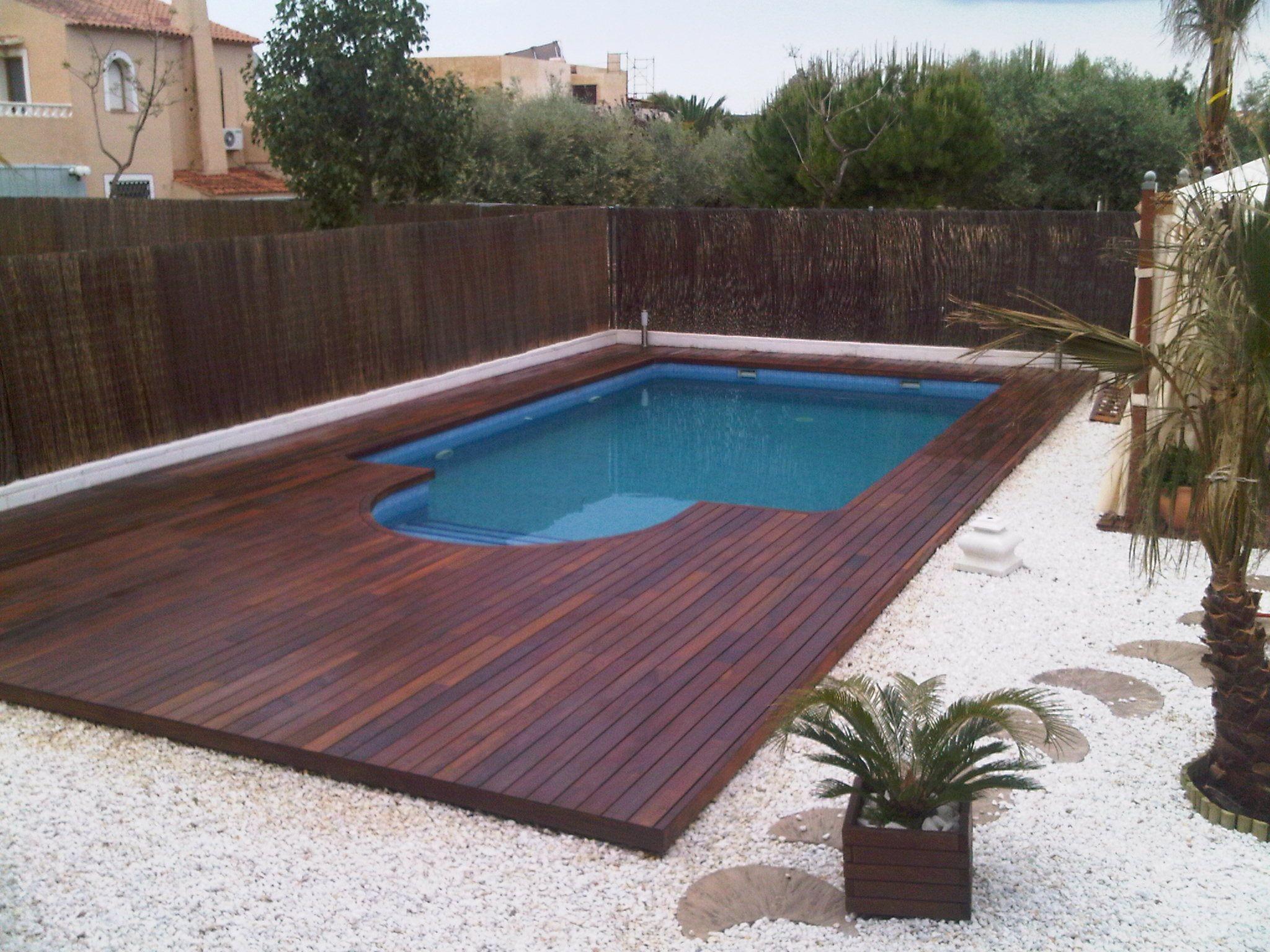 piscina realizada en tarima de exterior en madera de ipe