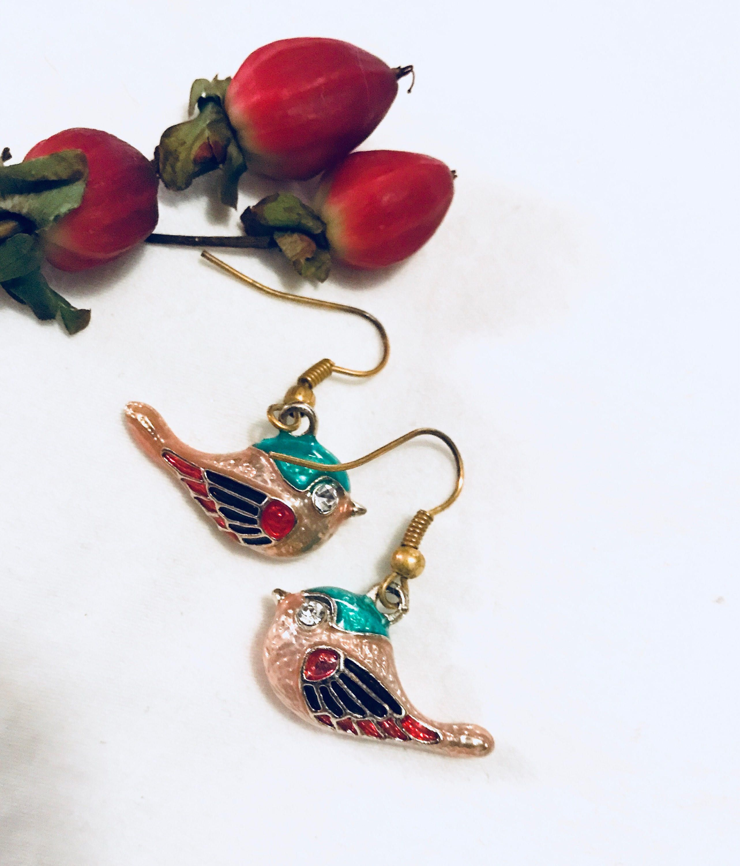 Beautiful Enamel Cloisonné Colorful Bird Dangle Earrings with Ice Rhinestone eyes & Goldtone Pretty little birds about an inch - in excellent vintage condition- I will polish them before shipping & gift nicely 🎀