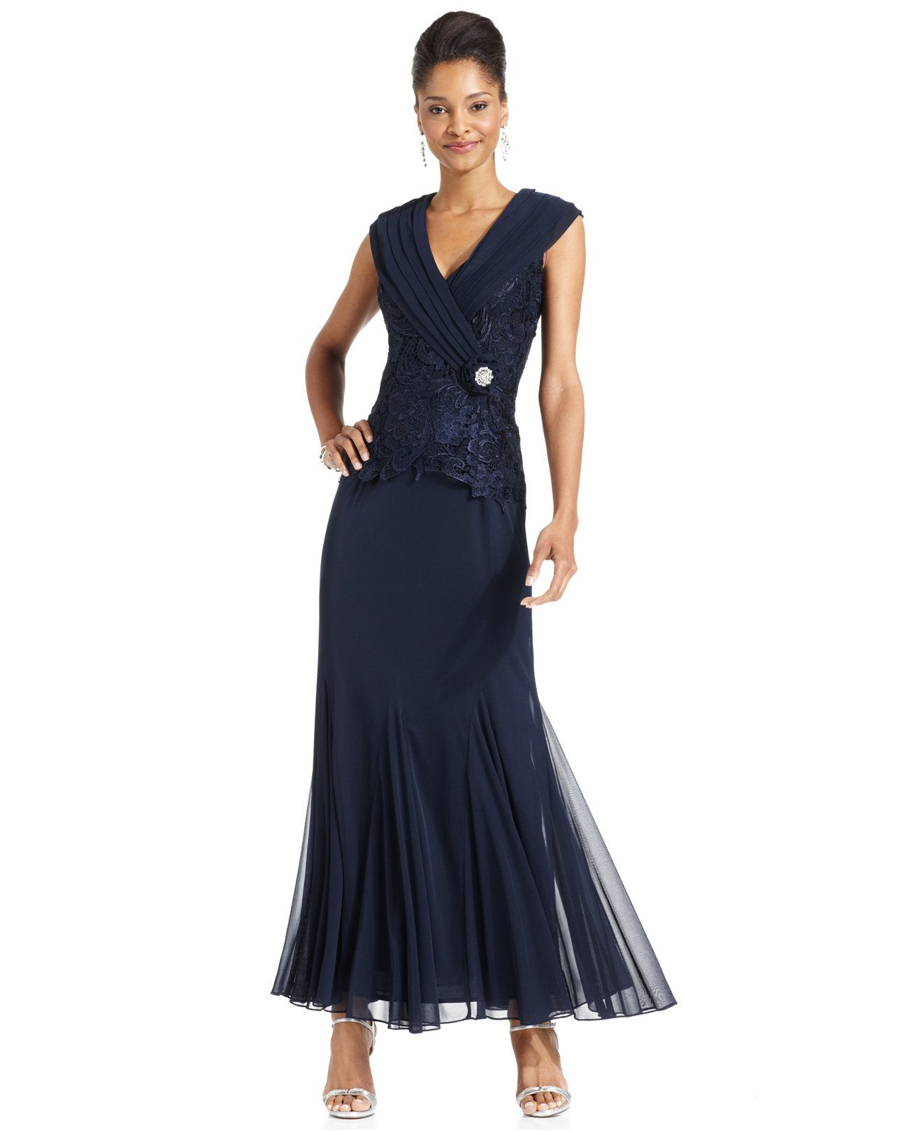 Patra Cap-Sleeve Lace Gown