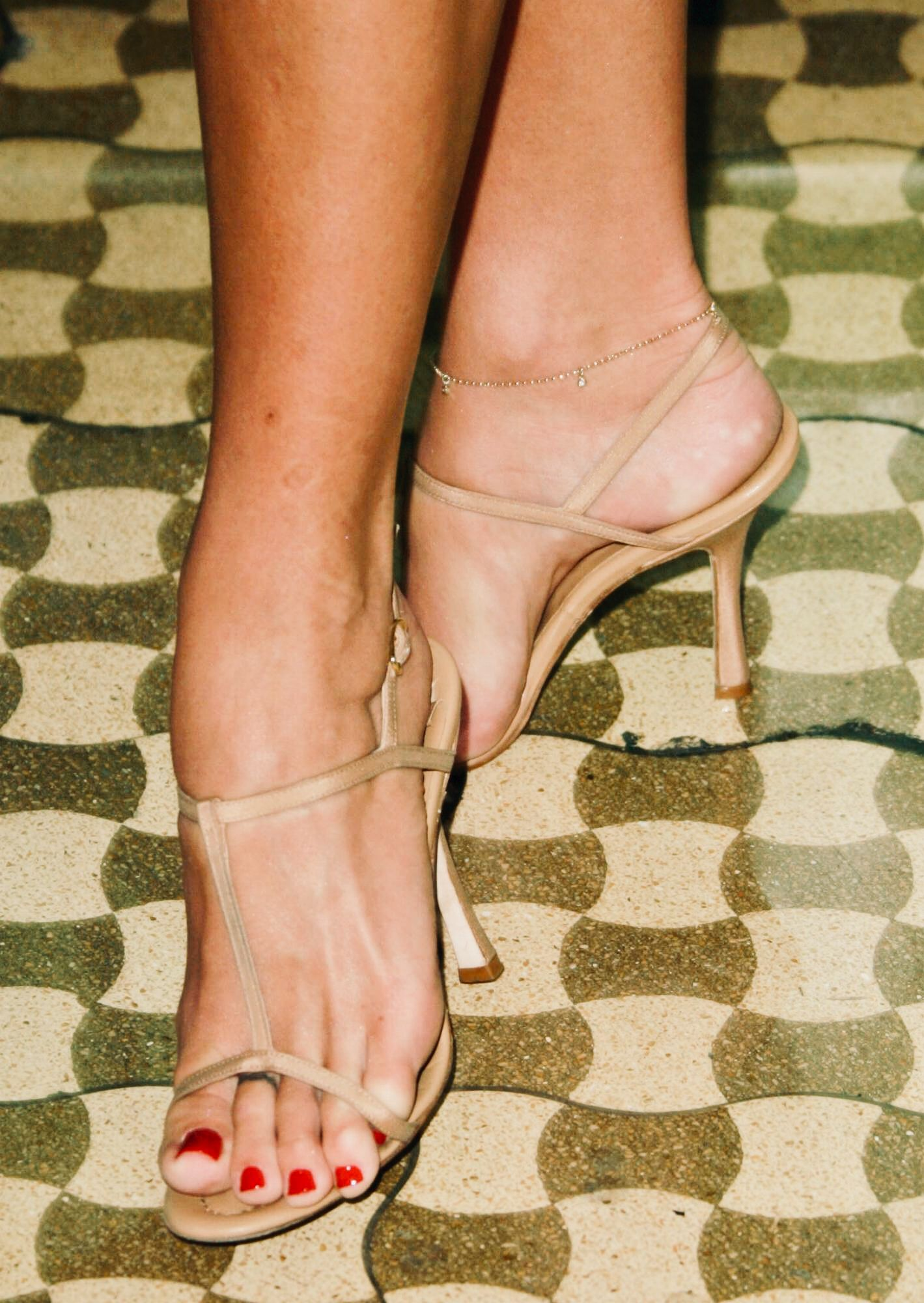 Feet Nikki Cox naked (28 photo), Tits, Hot, Instagram, bra 2017