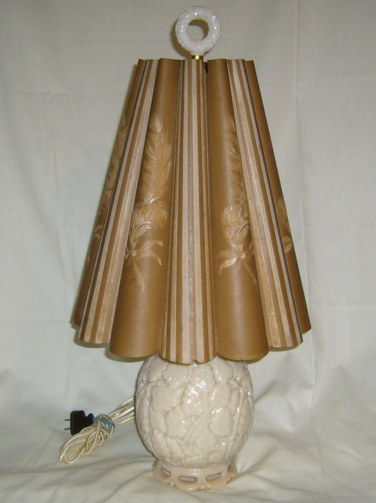 Vintage Aladdin G186 Acorn Alacite Lamp W Htf Flocked Pleated