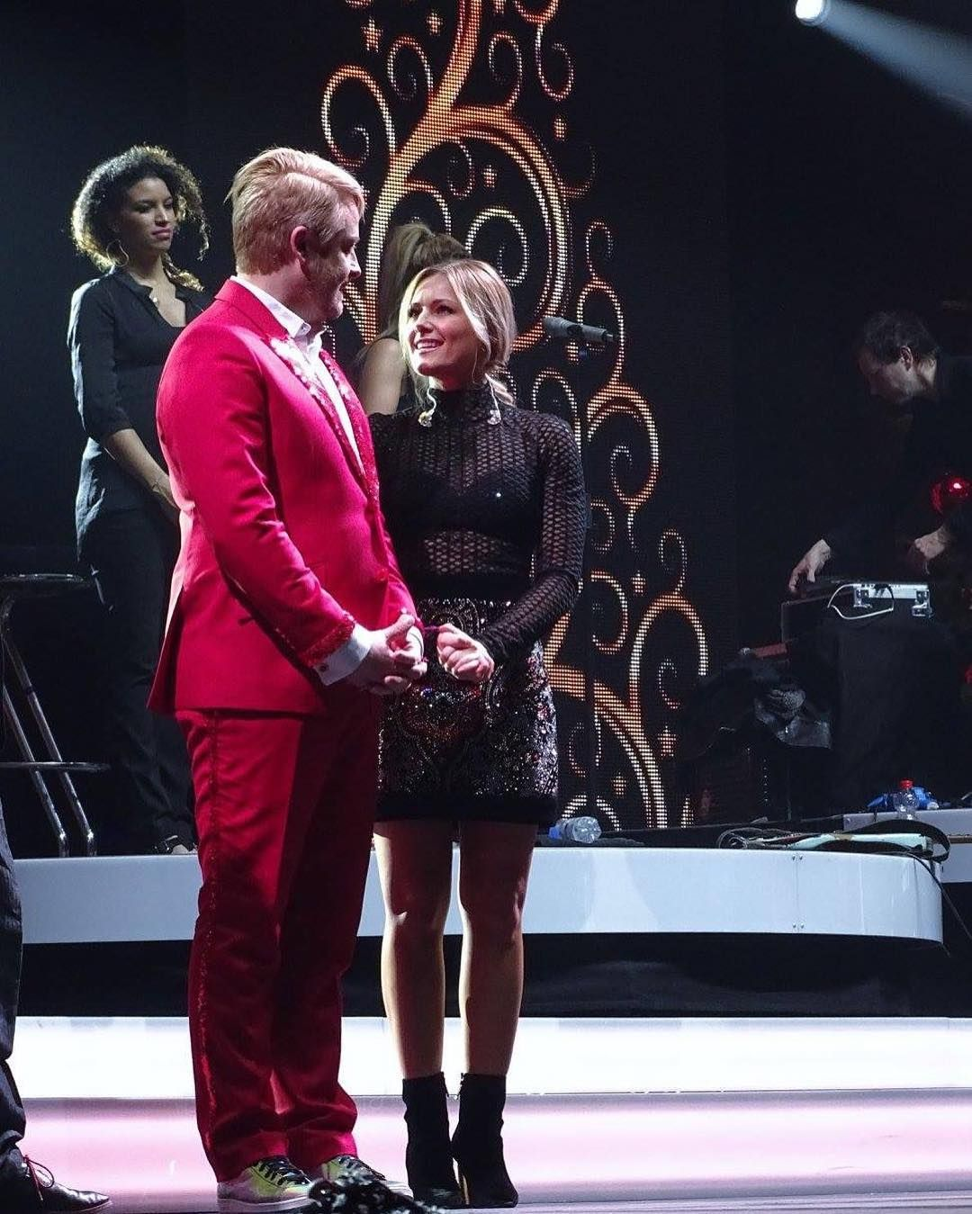 Helene Fischer Auf Der Weihnachtsgala In Leipzig Arena Leipzig Helenefischer Rossantony Weihnachtsgala Heute Leipzig Instagram Instagram Posts Singer
