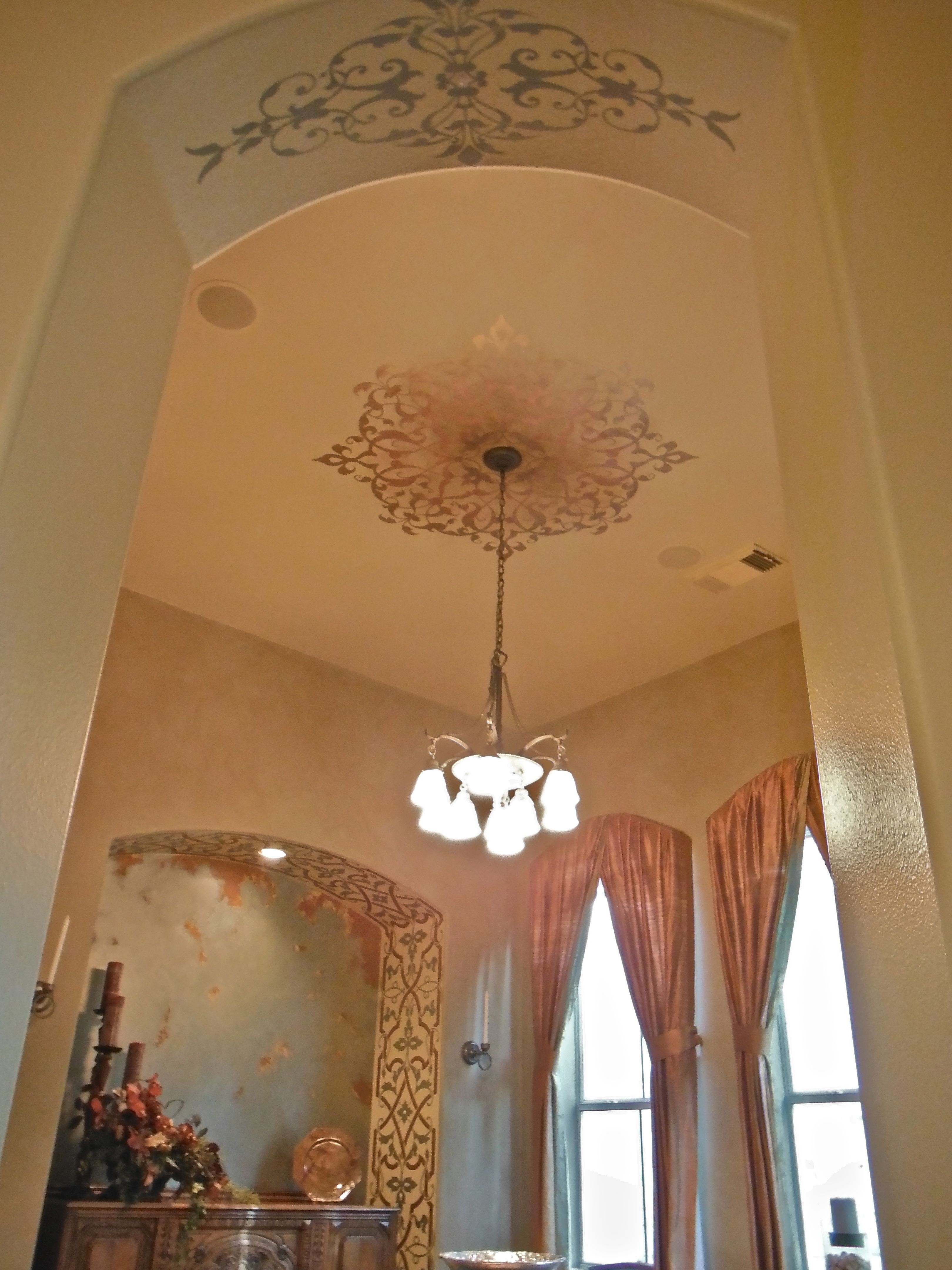 grand ceiling medallion stencils around light fixture - painted