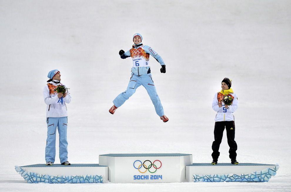 OL I SOTSJI 2014. Kombinert 10 km. Jørgen Graabak (22) slo verdenseliten i en dramatisk kombinertspurt og tok gull i sitt første OL, mens ...