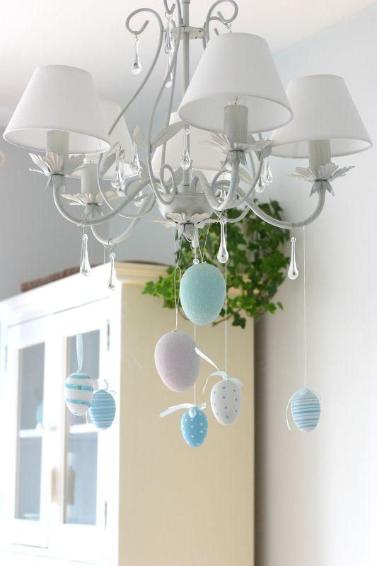 Zyrandol Z Krysztalkami I Krzesla Ingolf White Houses Ceiling Lights Home Decor