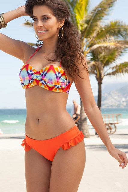 202da5c75 Vendas Online. Mulheres. agua-e-luz-moda-praia-biquini Roupa De Praia