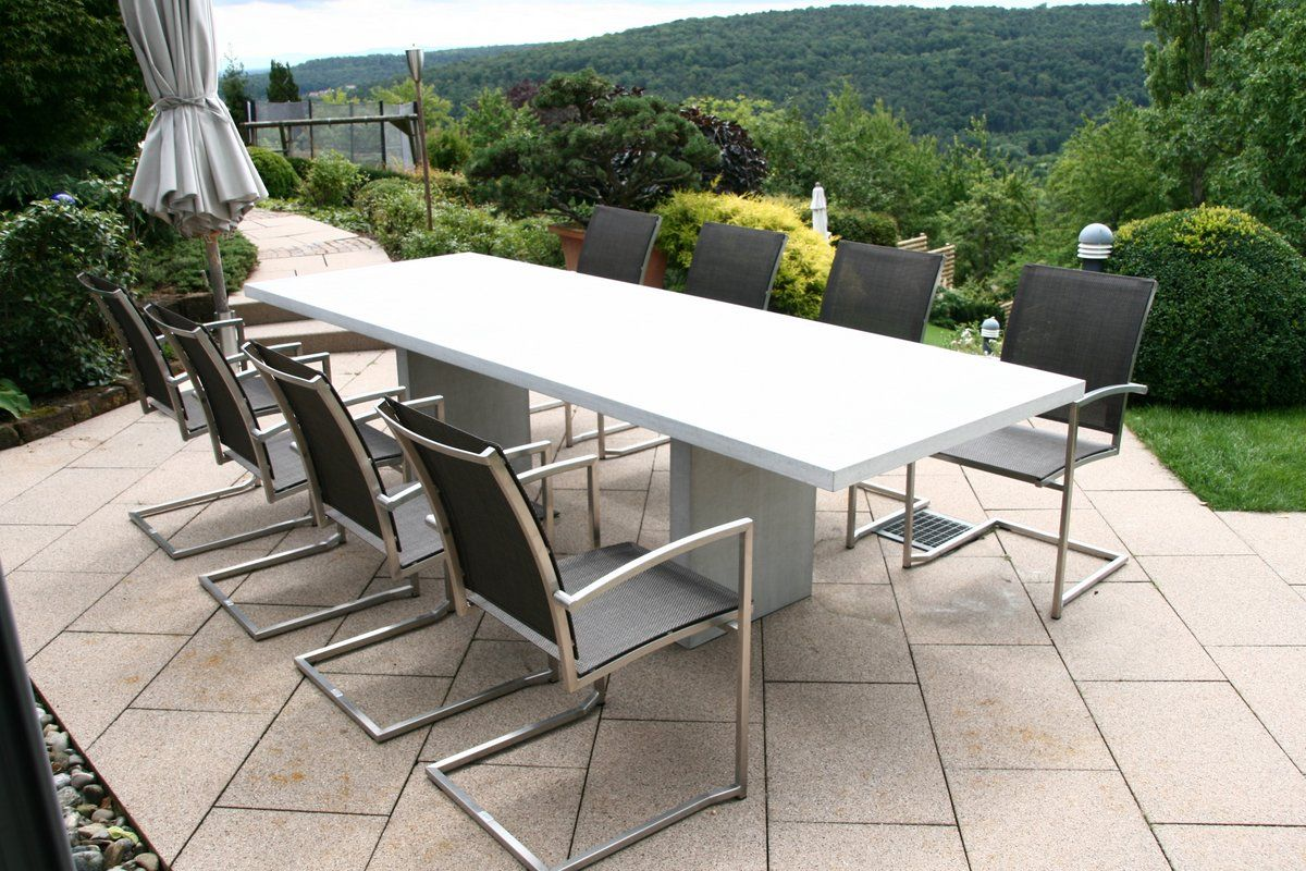 Minimalist Outdoor Dining Set With Modern Chairs 1,200