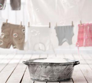 comment r cup rer un v tement tach d eau de javel diy. Black Bedroom Furniture Sets. Home Design Ideas