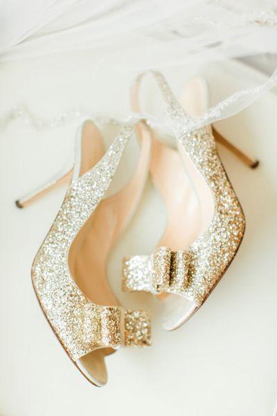 Gold Glitter Heels | The Nolans #wedding