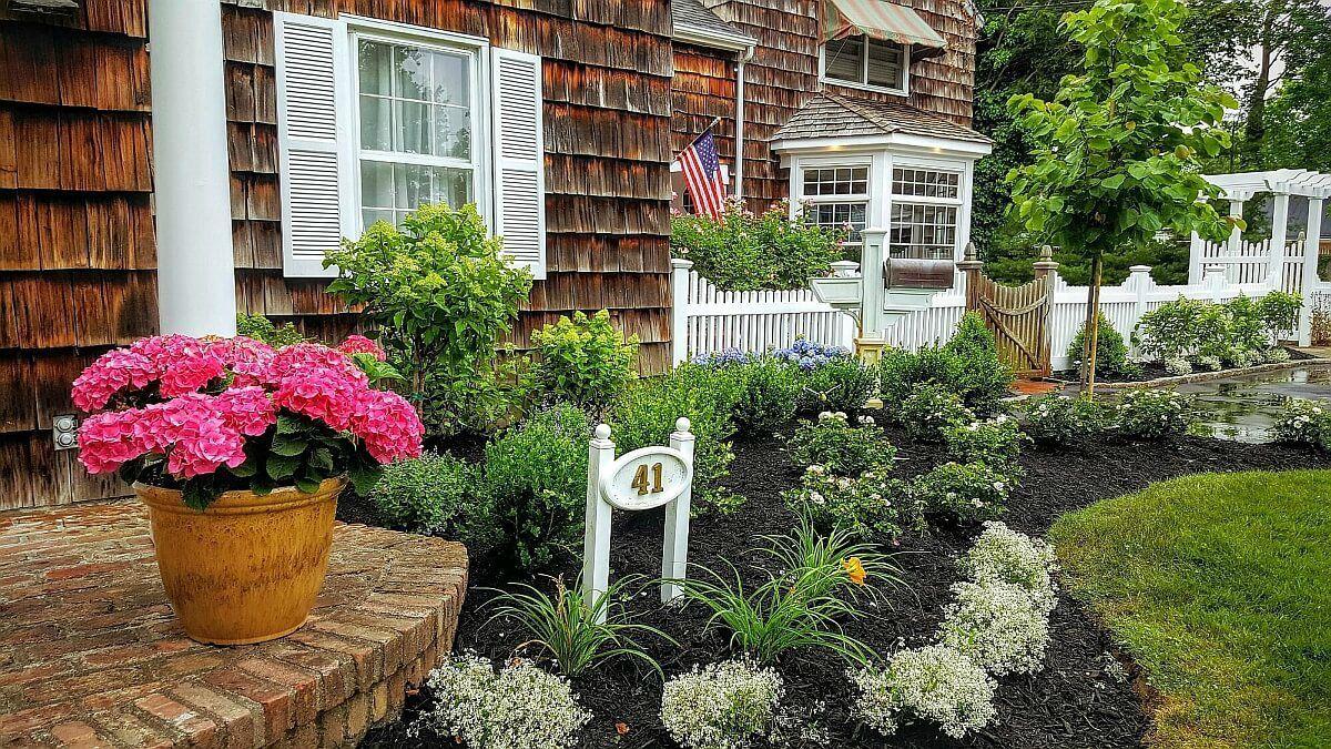 Long Island Front yard House entryways-NY | Front yard ...