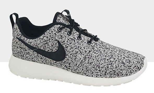 nike roshe run dames black white