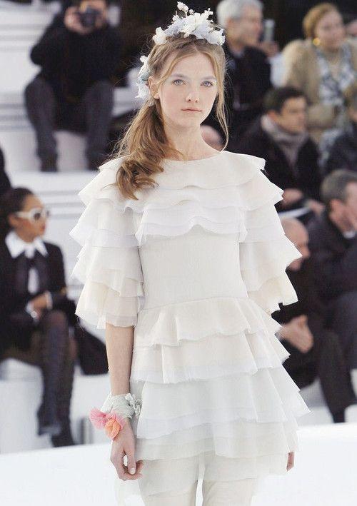 Vlada Roslyakova at Chael Haute Couture Spring 2006