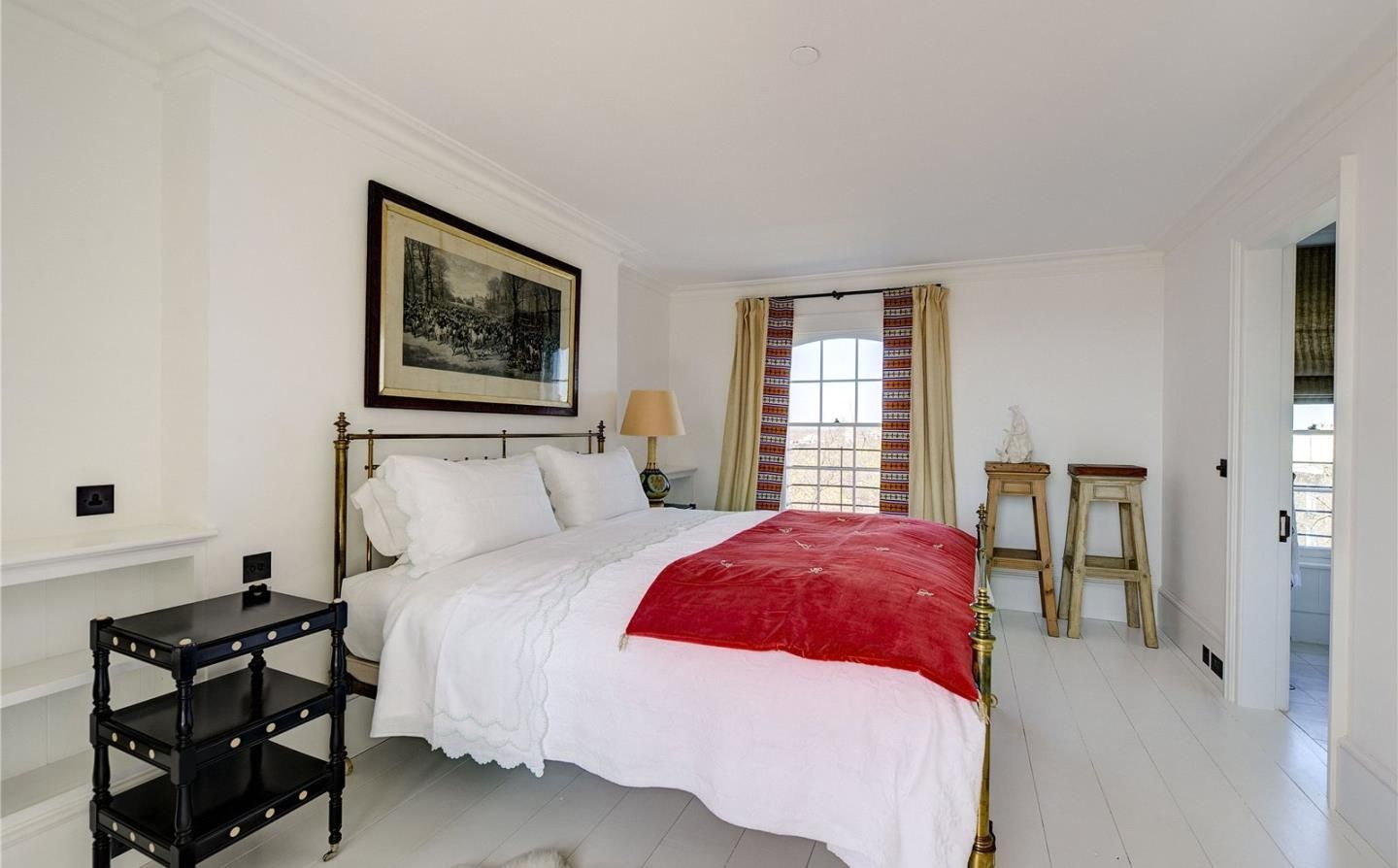 Savills   Campden Hill Square, London, W8 7JY   Property for sale