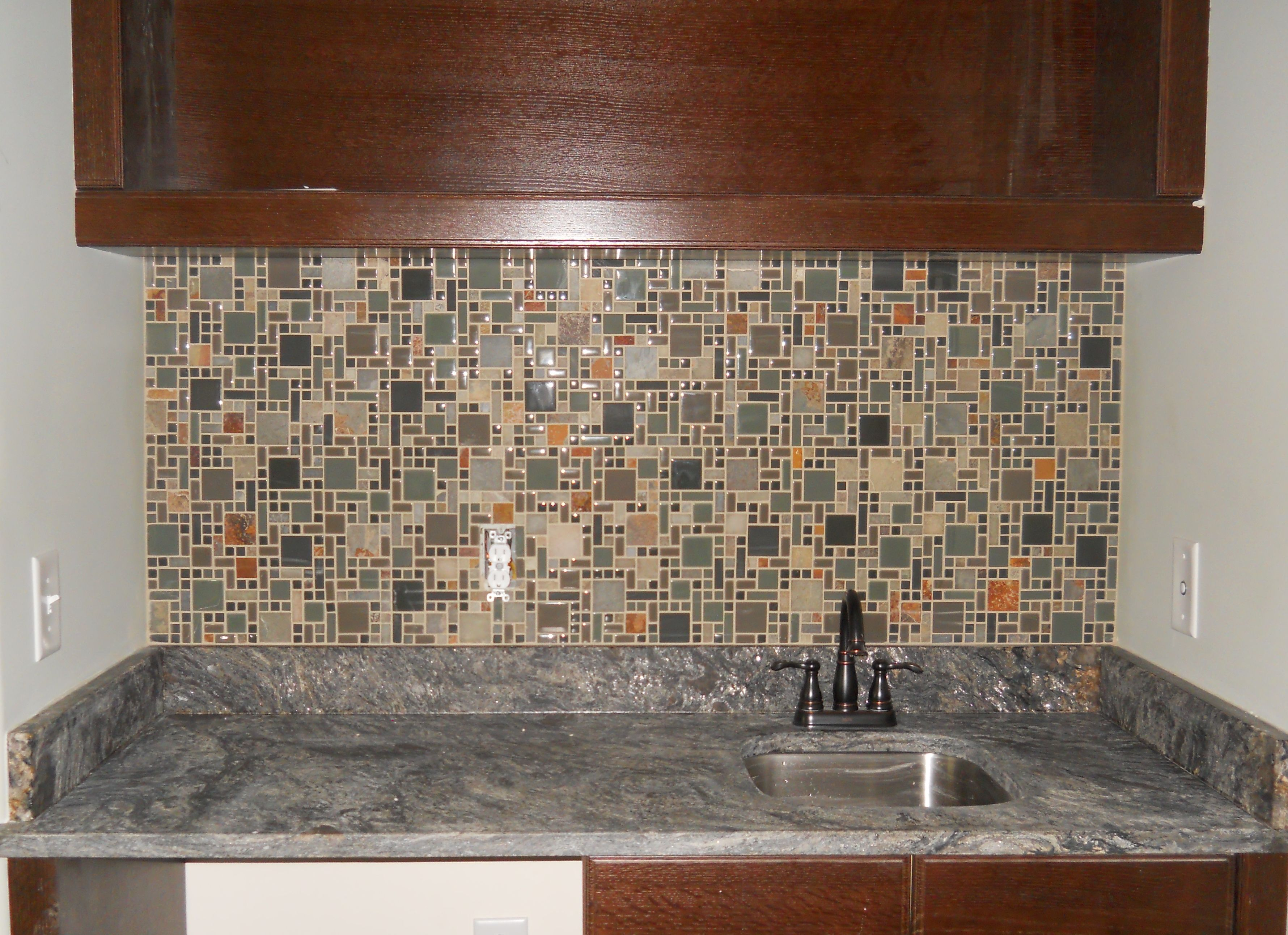 This Forest Floor Glass and Slate Mosaic tile Blend makes an ideal backsplash for a fun