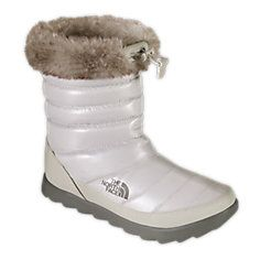 Boots, Fashionable snow boots, North